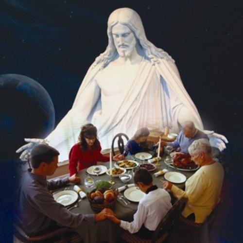 Familia que reza unida