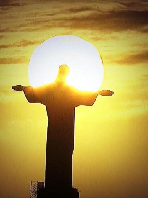 SOL Y Cristo