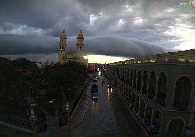 Nube rodillo, Campeche