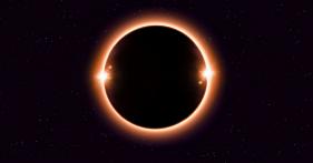 Eclipse con 2 superlunas. Impacrara en todos los signos