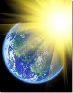El Sol irradiando la Tierra