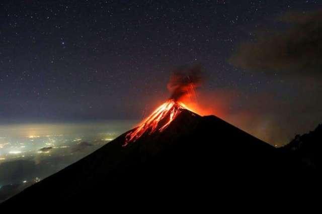 Volcan de Fuego en guatemale