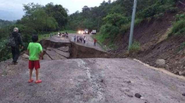 Falla geologica que dejo incomunidada a Honduras cone l SAlvado