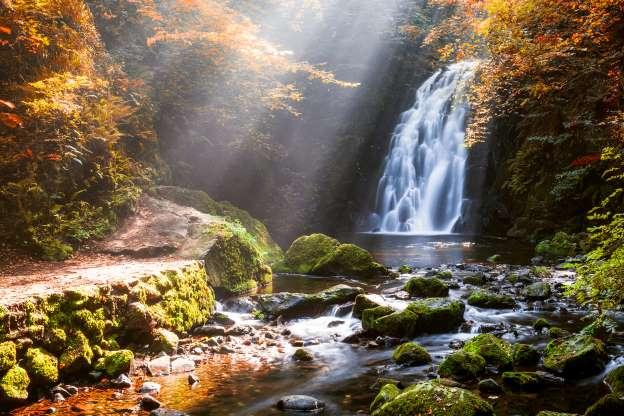Cascada hermosa